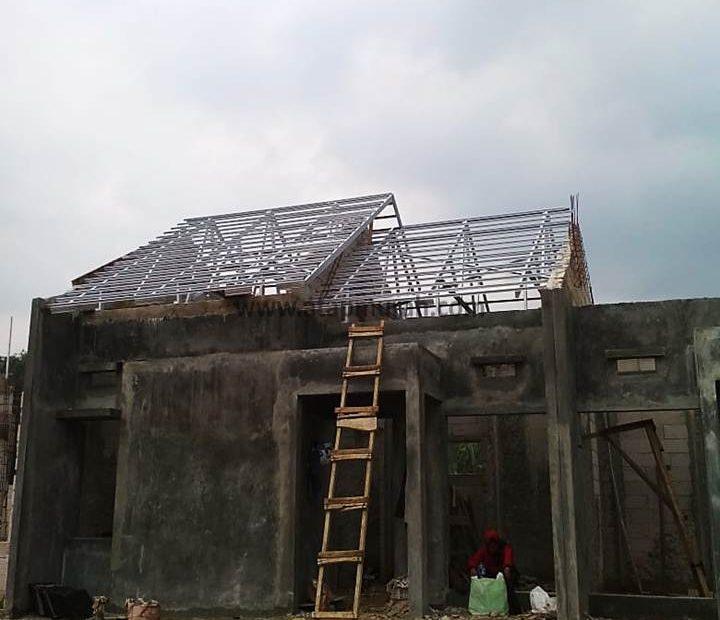 Pembuatan Rangka Atap Bajaringan