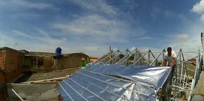 proses pemasangan baja ringan atap